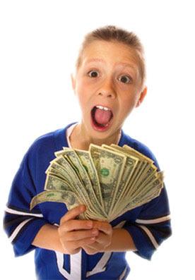 Мальчик заработал много денег